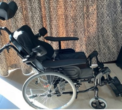 2nd-hand-invacare-action-wheelchair_charles2